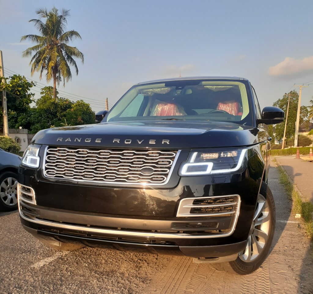 ALL YOU NEED TO KNOW ABOUT THE RANGE ROVER 2019 MODEL.